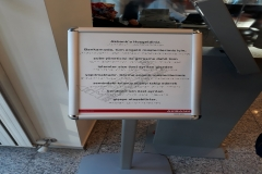 Braille_alfabeli_Akbank_bilgi_panosu