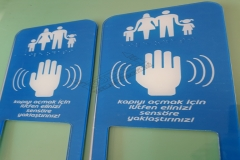 Braille_alfabeli_yardim_cagri_butonlari