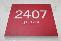 pleksi_kapi_isimli_braille_alfabesi008